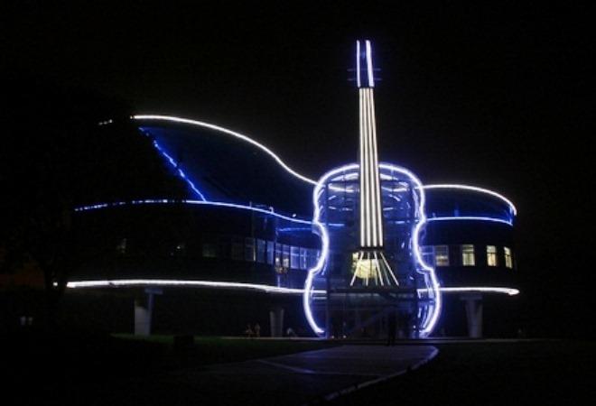 Романтичный дом Рояль и Скрипка