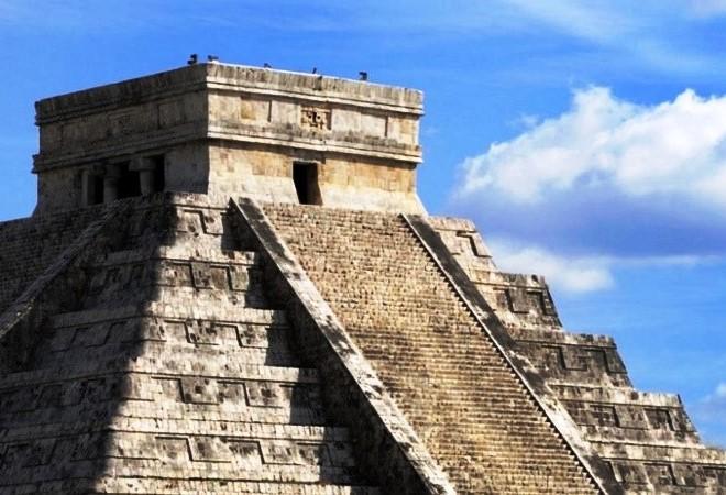xramy-i-piramidy-v-drevnix-gorodax-chichen-ica-ushmal-teotiuakan